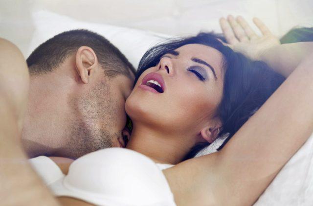 11 choses que tous les hommes devraient savoir sur le cunnilingus avant de l'essayer