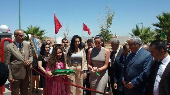"""Qui est cette """"Kim Kardashian"""" marocaine qui enflamme le web?"""