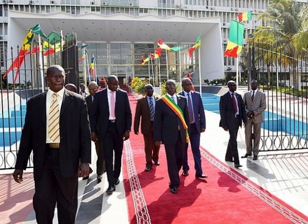 Sénégal: les députés privés de carburant
