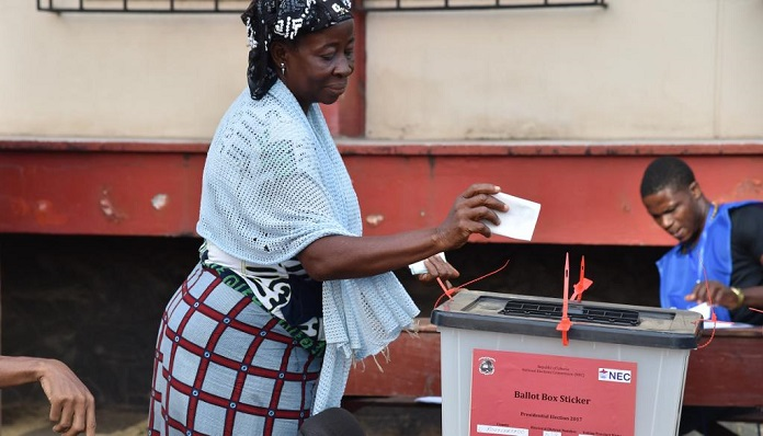 Présidentielle 2019: les cartes d'électeur posent problème