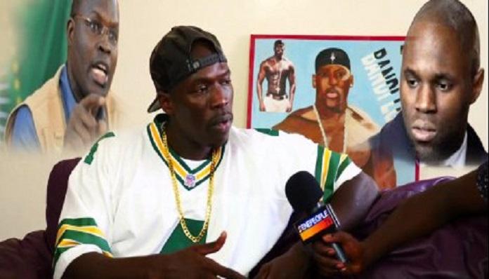 Vidéo:Niit Doff  tacle  sévèrement le gouvernement de Macky Sall