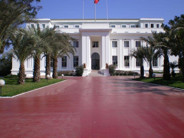 """Sénégal: les conseillers et ministres conseillers du President de la République en """"brassards rouges"""""""