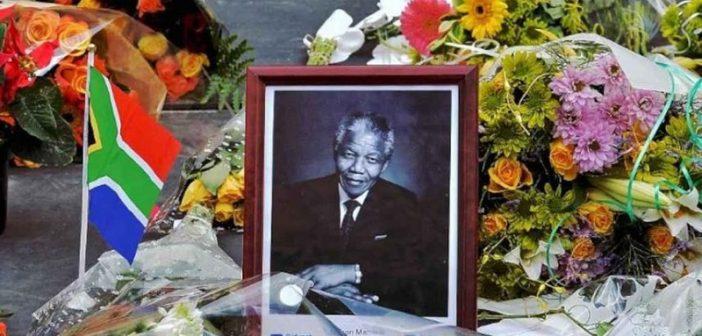 AFRIQUE DU SUD: DES FONDS PUBLICS DÉTOURNÉS POUR LES FUNÉRAILLES DE NELSON MANDELA