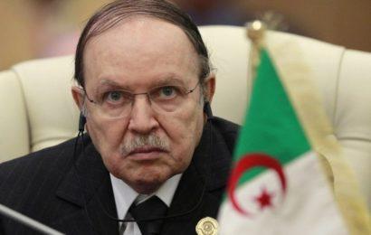 Algérie: un officiel du Maroc annonce la mort du président Bouteflika