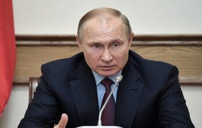 Russie: Vladimir Poutine répond aux accusations de Theresa May