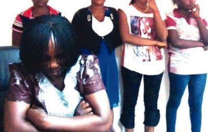 « Jai couché avec 400 hommes en moins de 5 mois », confesse une jeune fille piégée