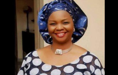 « Mon père a brûlé mes effets pour avoir donné ma vie…. », dixit une sénatrice nigériane