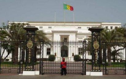 Sénégal: Les sauvageons de l'Apr souillent le Palais !