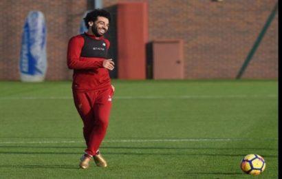 Mohamed Salah jouera pour Barcelone dès janvier si Lionel Messi réussit son coup