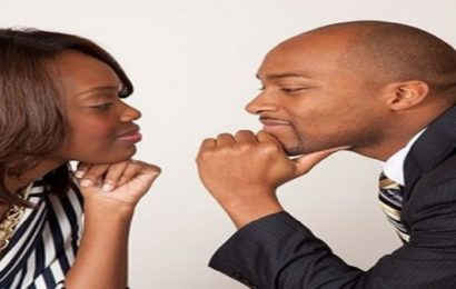 5 choses que les femmes recherchent quand elles s'offrent les services d'escort boys