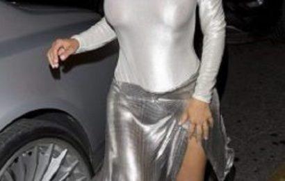 11 PHOTOS. Kim Kardashian : sans soutien-gorge dans un body moulant qui ne cache rien