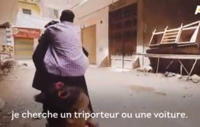 Son mari malade, cette femme le porte sur son dos depuis 5 ans (vidéo)