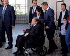 Algérie : Bouteflika promet une élection anticipée en cas de victoire